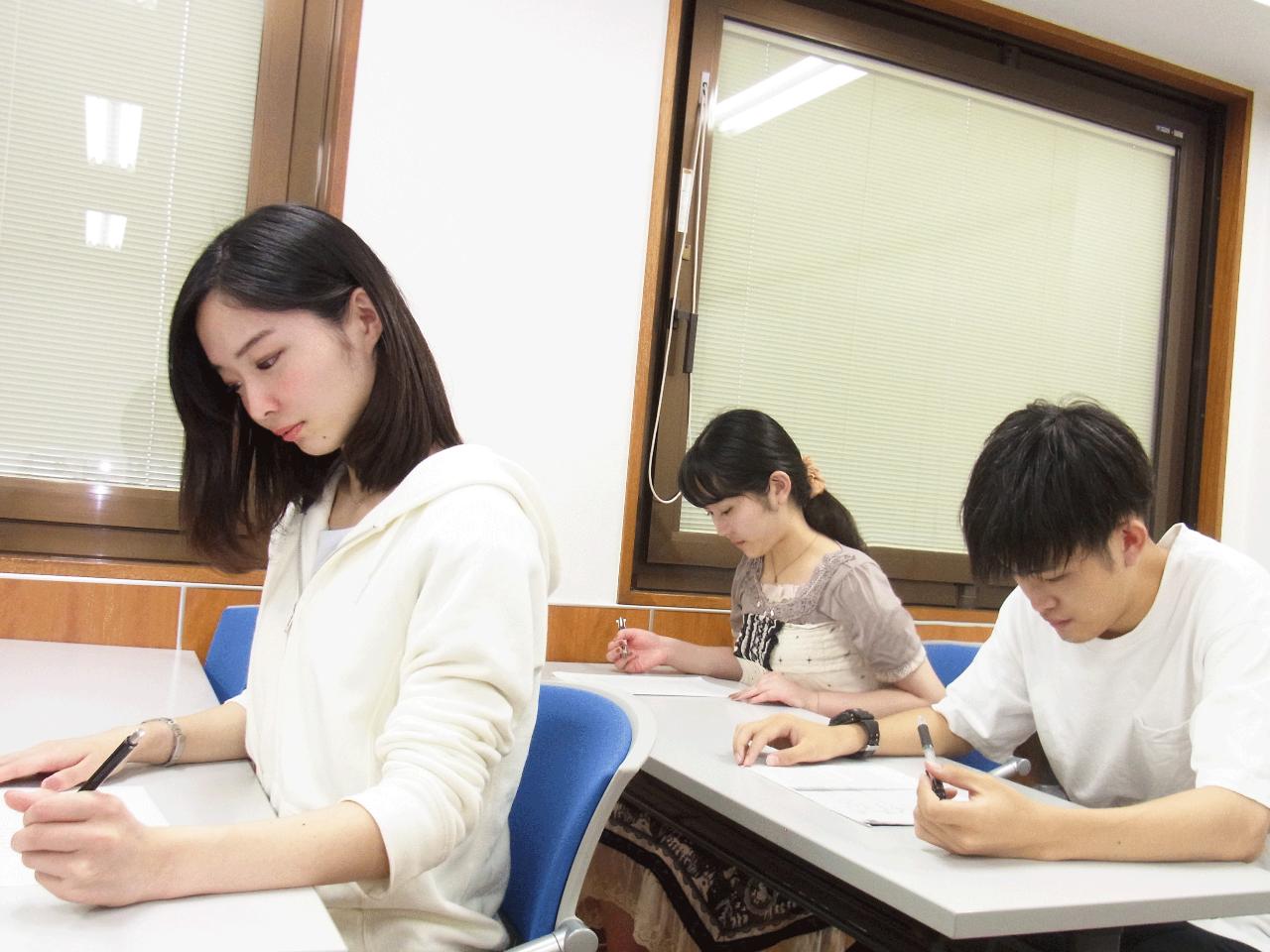 カレッジコースの生徒たち