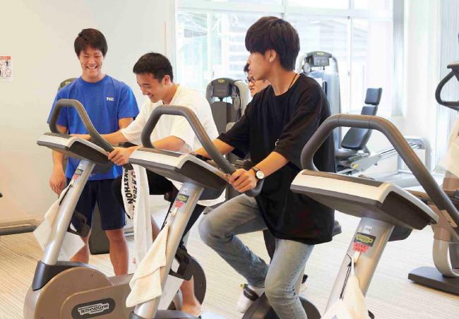 スポーツ健康科学部