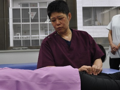 腰部の施術 ~あなたの腰の悩み解決します~ image1