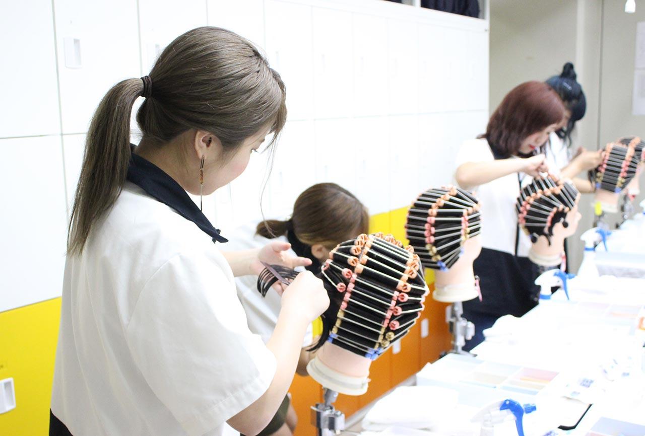 東京総合美容専門学校の美容通信科
